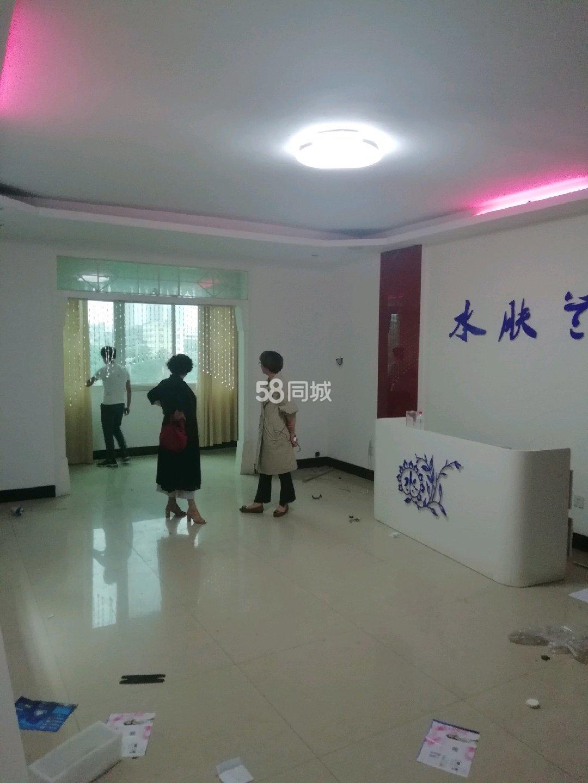 杭州路中段4室2厅2卫