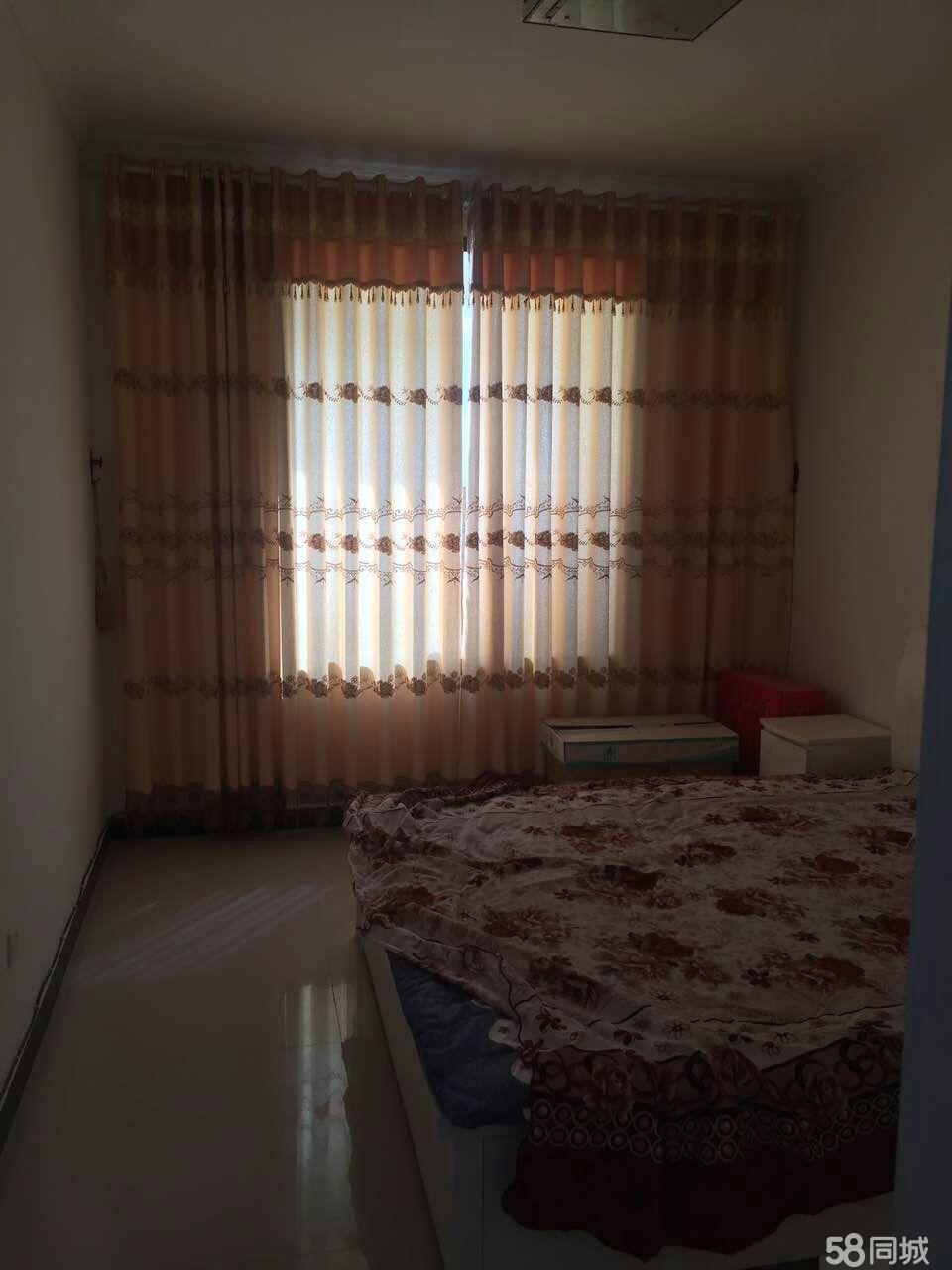 3室2厅2卫洛门政府隔壁