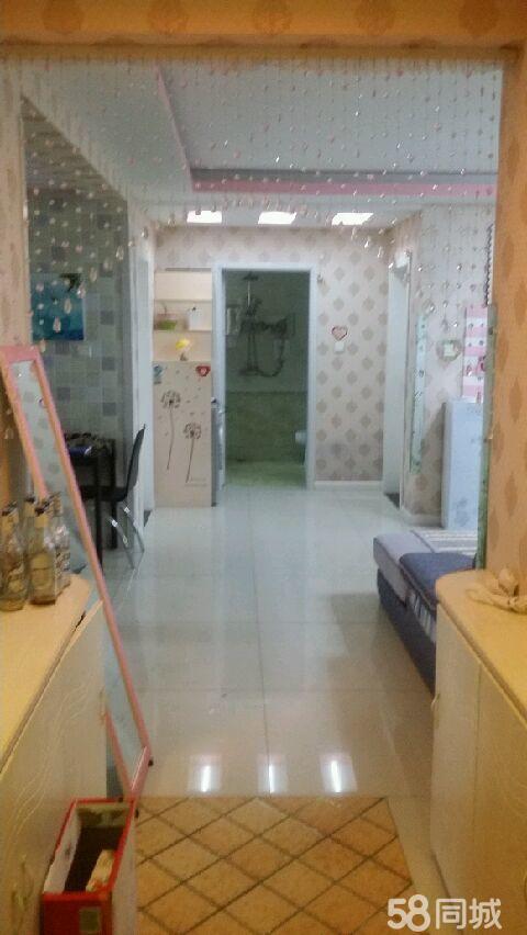 卢龙蓝钻公馆3室1厅1卫