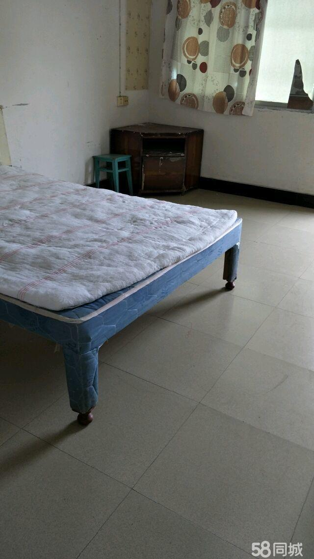 碧江沙子坳一室一1室0厅40平米简单装修押一付三