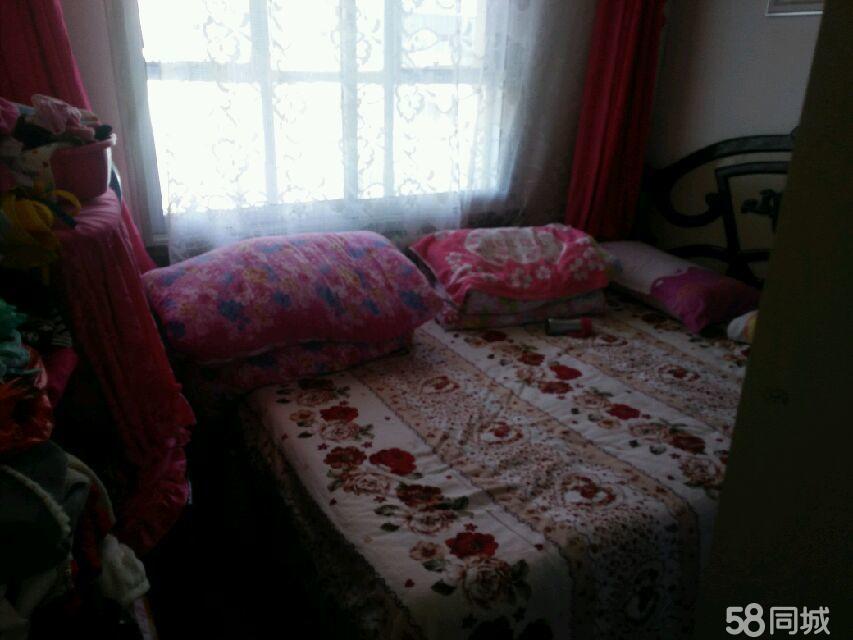 水三家属院2室1厅