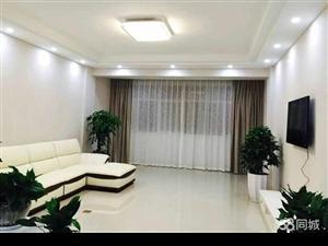 水晶花园精装修4室2厅2卫带车库