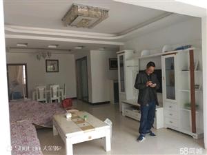 翡翠苑3室2厅2卫精装修,关门卖