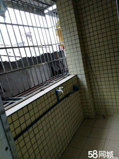 阳东金湾小区1室0厅1卫