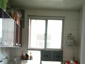 民威后面3室2厅2卫