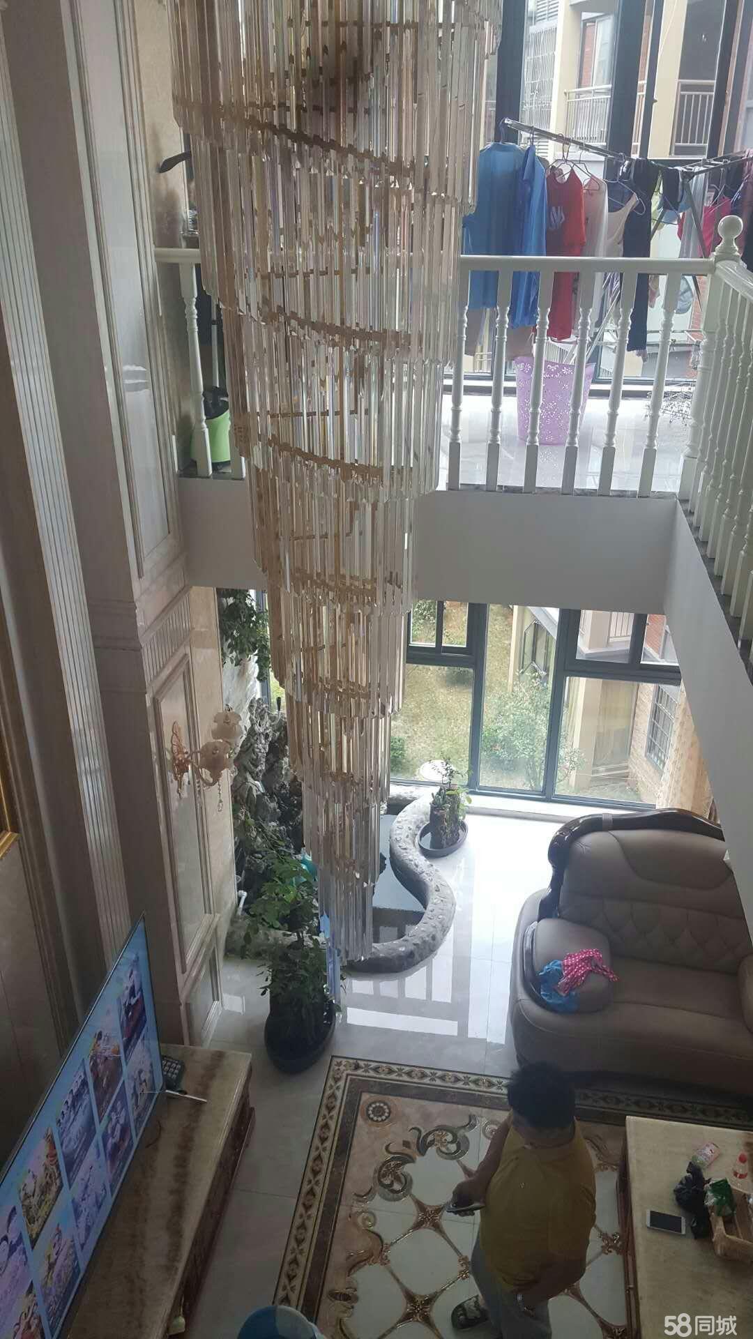 绿景龙庭精装复式楼出售