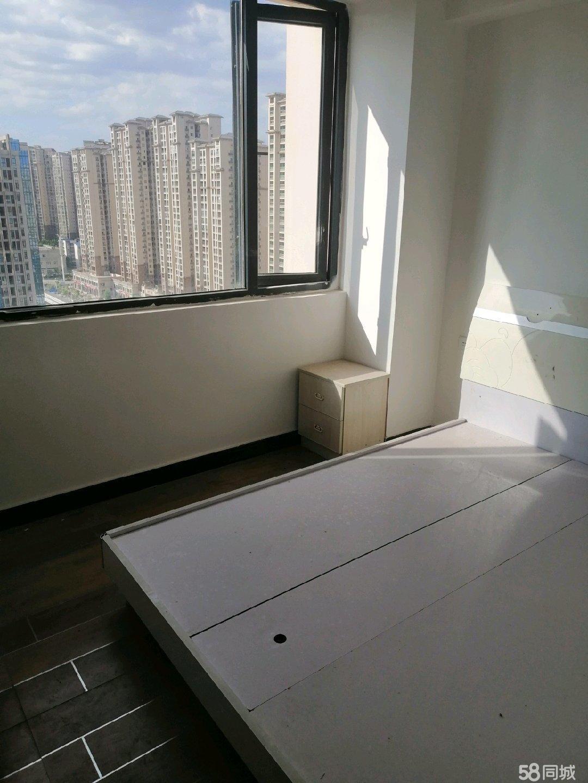 ICEC财富广场3室1厅2卫