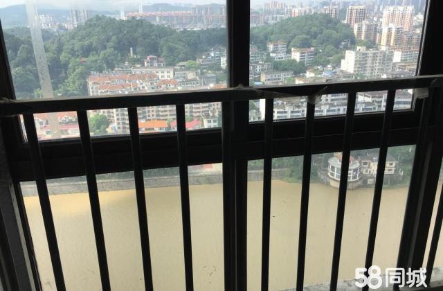 城市印象一线江景现房。急售