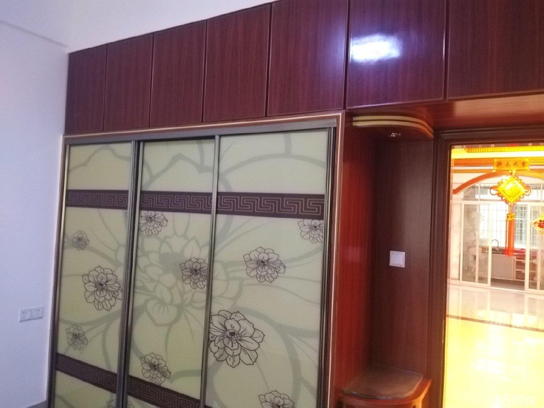 德信黄石商业城3室1厅2卫