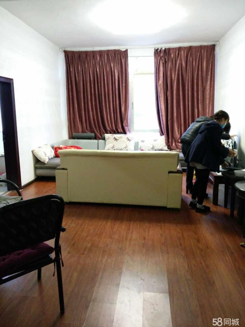 澳门拉斯维加斯娱乐自建房2室1厅65平米精装修年付