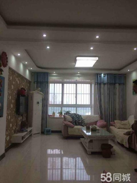 永城上河苑3室2厅120平米精装修
