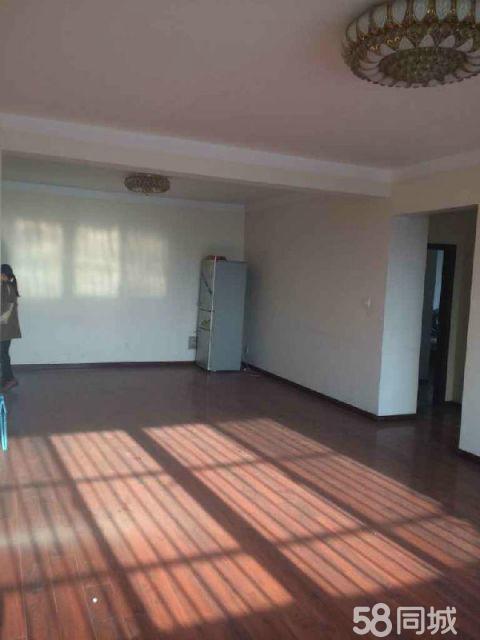 永城雪峰小区3室2厅120平米中等装修押一付三