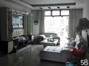 泸县县政府背后精装四室两厅出售179�O