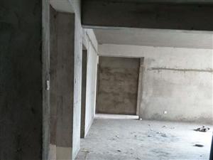 五证齐威尼斯人娱乐开户状元城3室2厅1卫28楼108.56平售33万