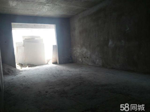 汝阳新汽车站婚房急售汝阳馨雅苑4室2厅2卫156�O