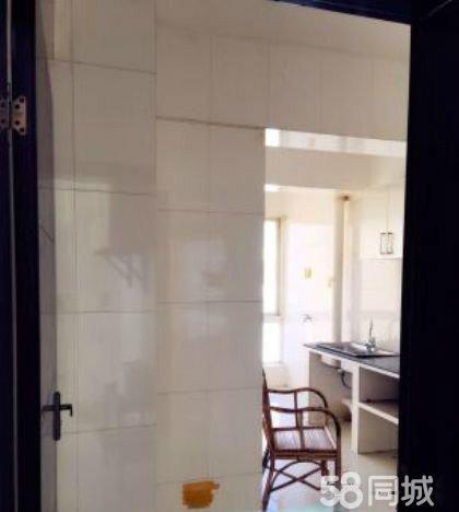 红塔兰苑洋房3室2厅127平米精装修押一付三