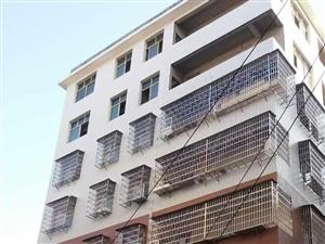 澳门新葡京赌场凤凰小区楼梯房六层三面彩光4房.即买即装即分户贷款