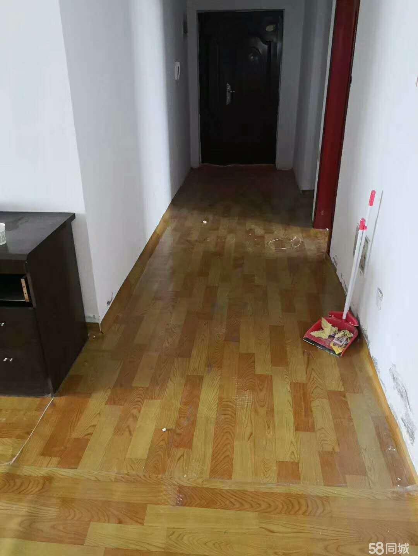 韦祥地产4室2厅2卫