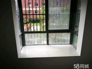 龙溪水岸电梯房80平精装修1000/月随时看房