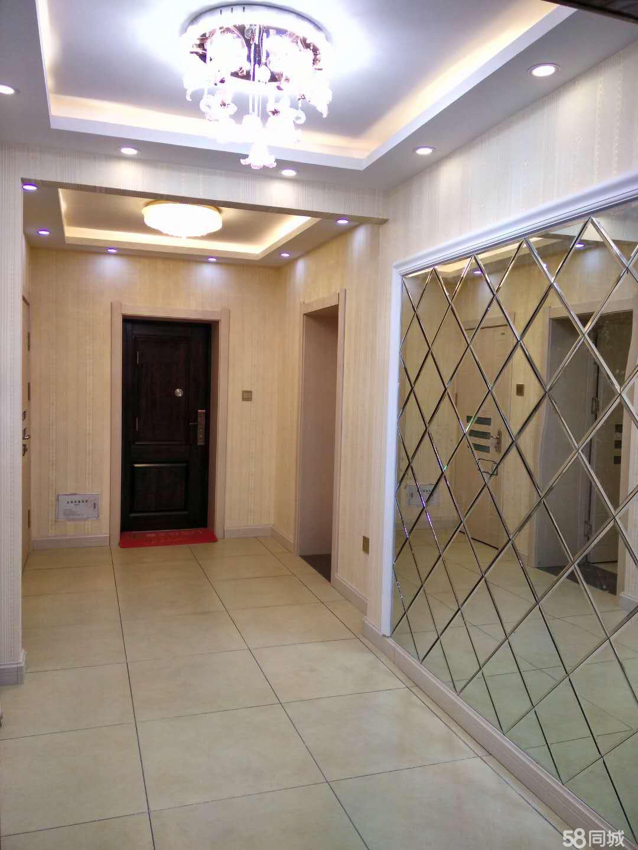 低价出售沿江小区正三楼53米豪华装修
