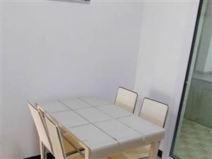 世纪滨江3期精装修江景房2室2厅拎包入住