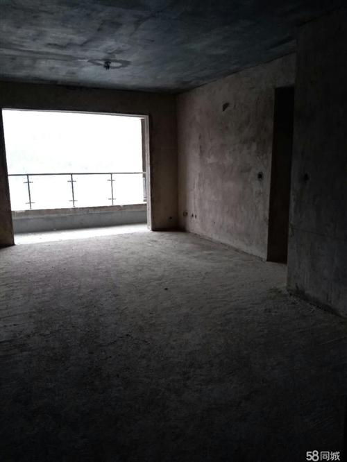 玉屏玉屏火车站远3室3厅3卫112平米
