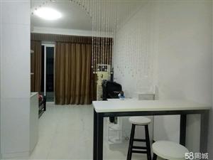 新佳坡步行街1室1厅1卫