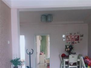 谯城亳州晚报后名吃一条街2室2厅1卫103平米送家具,送衣帽间