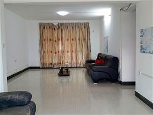 茂港海滨花园公务员小区3室2厅2卫144平米