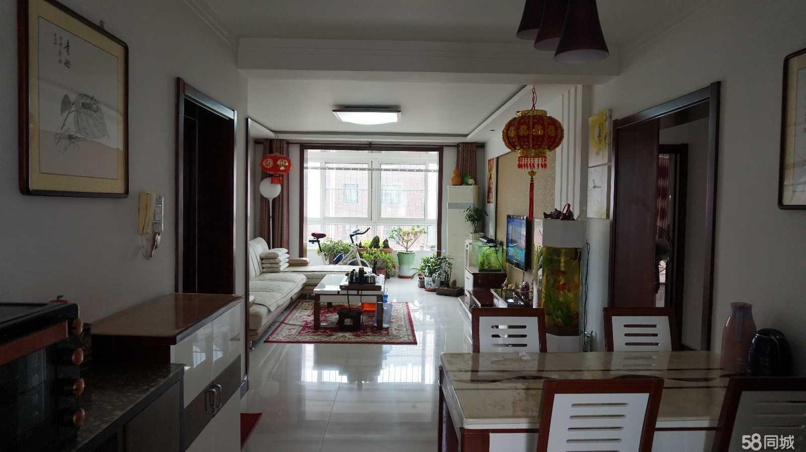 卢龙阳光水岸3室2厅1卫110平米