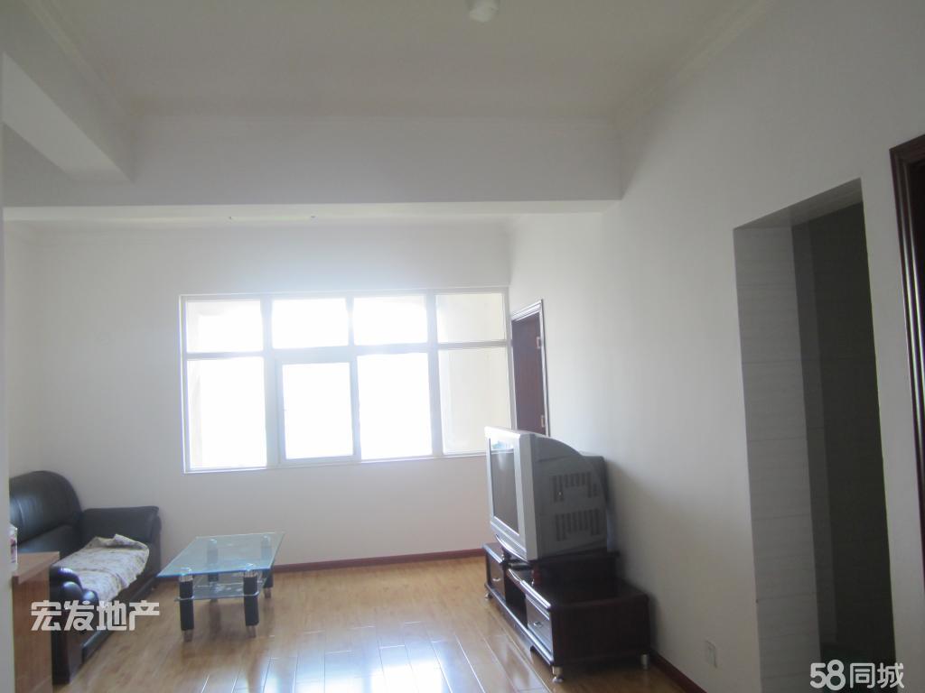 聚缘公寓1600元2室1厅1卫精装修,干净整洁,随时入