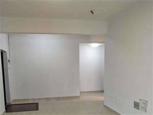 万达华城位于市中心商业圈沃尔玛附近3室1厅1卫