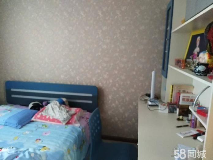 安静住家,好房不等人,树蕙园2500元3室2厅2卫精装