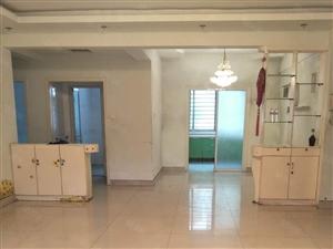 东城安和南区1楼148平3室2厅2卫带车库155万