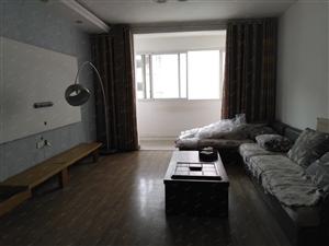 新城湖滨花园精装修3室2厅2卫