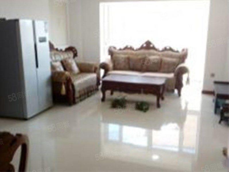 石化新区C区豪华装修3室设施全拎包住包取暖