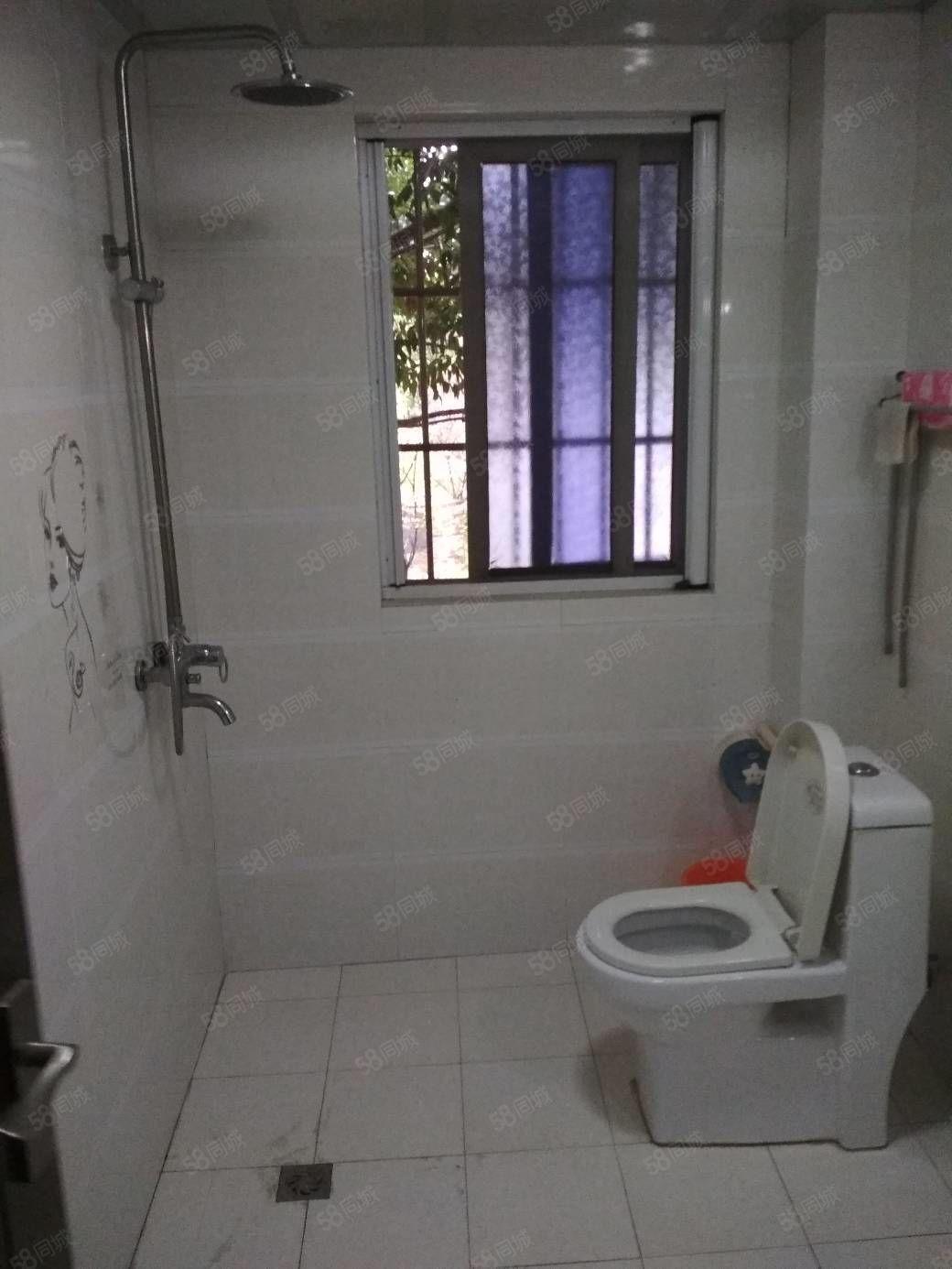 河东东城一品(大客厅卧室带空调)精装套三双卫有钥匙