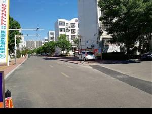 东城海河南区64平米四楼家具齐全出租