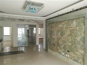 东岸国际9楼120平精装修带家具地理位置优越