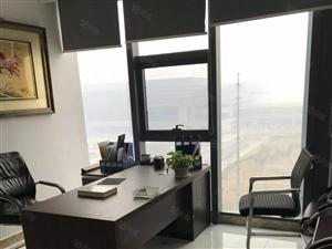 绿地新都会220平1.5劲爆出租!东南朝向!!!随时看房