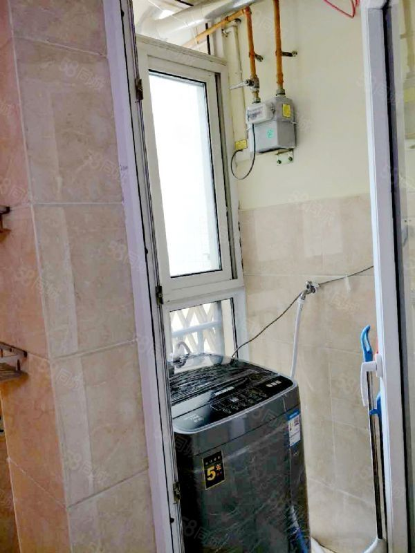 青城半岛精装套二家具齐全靠近李冰小学适合拎包入住