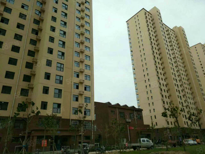 都府新城3室,现房首付20.7万,市中心离定州塔很近