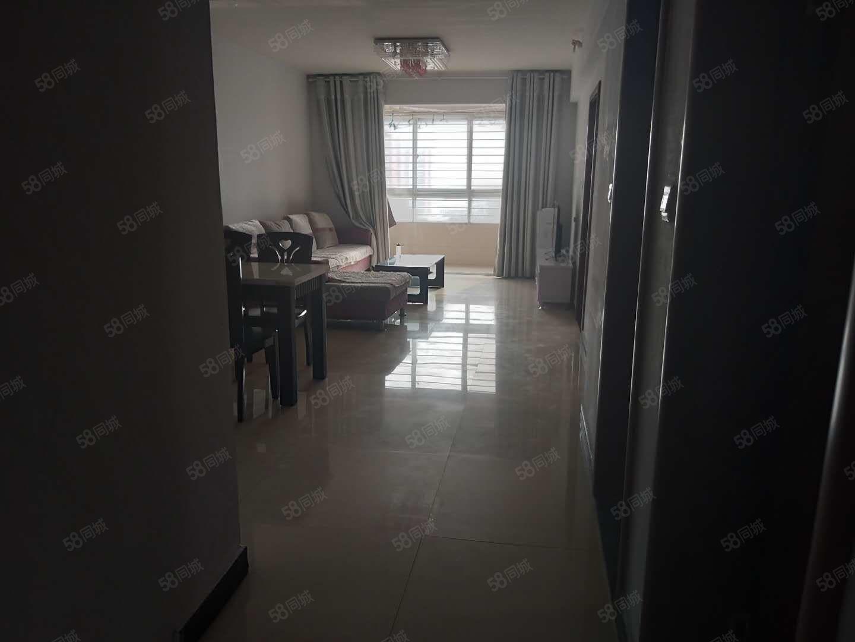 神火城市雅苑,两室两厅,年租12000,随时看房