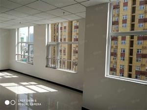 盛东广场写字楼,一块五一平,处于繁华路段,邻苏园领秀城凤翔园