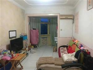 正规两房一厅,带装修直接