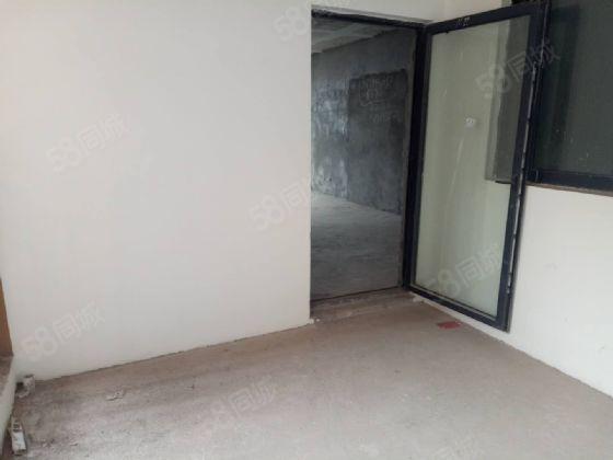 华翔城清水大四房全市超低价业主急售房子正对鹭栖湖视线无遮挡