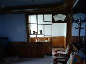 商务局家属院三房简装出售