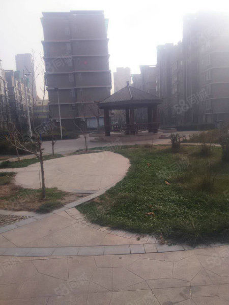 江南新城电梯房大面积急售