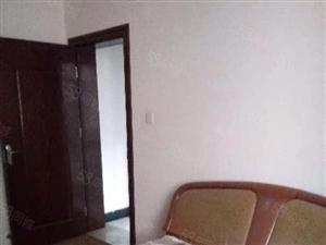 白云楼社区2室2厅出租(月租金800元)