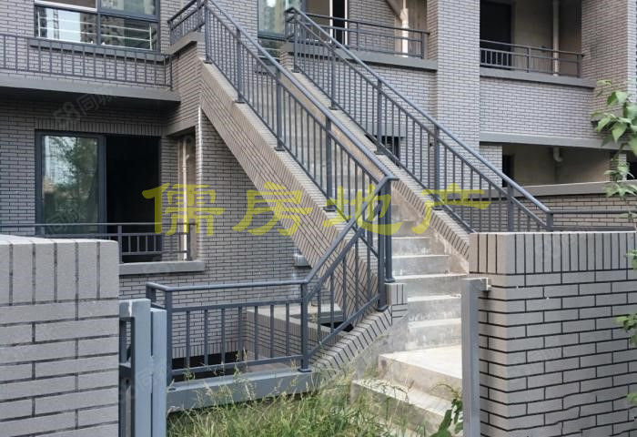儒房地产滨江花城花园洋房带花园双阳台